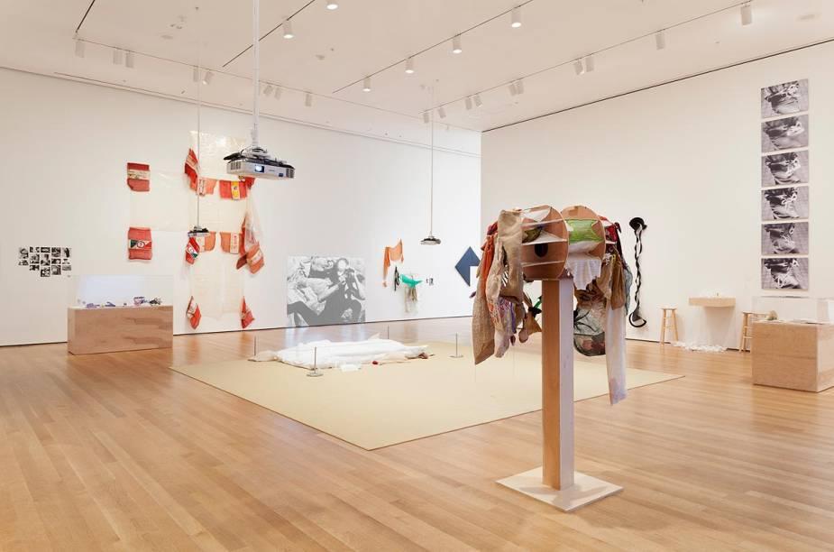 A exposição The Abandonment of Art,1948-1988 tem 300 obras da artista plástica Lygia Clark e fica em cartaz no MoMA até 24 de agosto de 2014. Na foto, algumas instalações da brasileira no museu