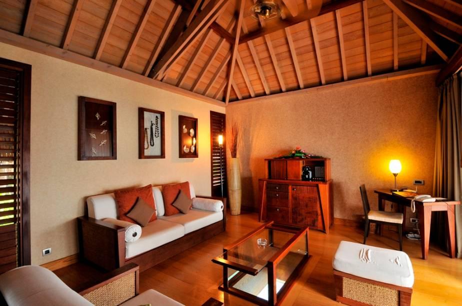 A decoração em estilo polinésio é o tema da maioria dos hotéis e resorts da região