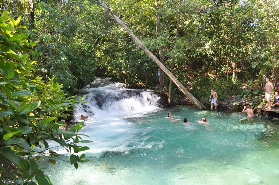 """A <a href=""""https://turismo.to.gov.br/regioes-turisticas/encantos-do-jalapao/principais-atrativos/mateiros/cachoeira-do-formiga/"""" target=""""_blank"""" rel=""""noopener""""><strong>Cachoeira do Formiga</strong></a> fica em <strong>Mateiros</strong>, no Jalapão, e suas águas cristalinas são um convite irresistível a um mergulho"""