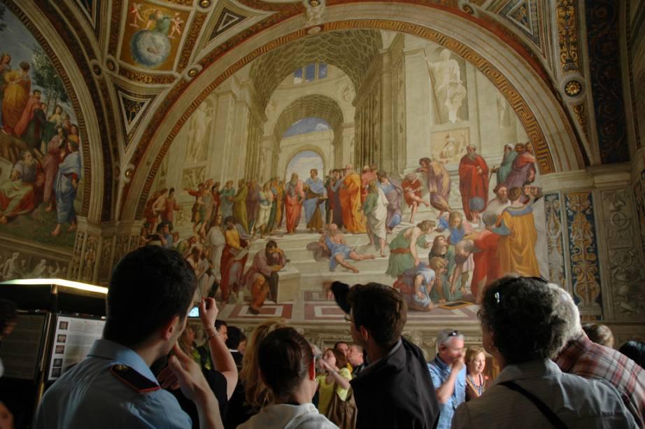 Escola de Atenas, nas Salas de Rafael, nos Museus do Vaticano