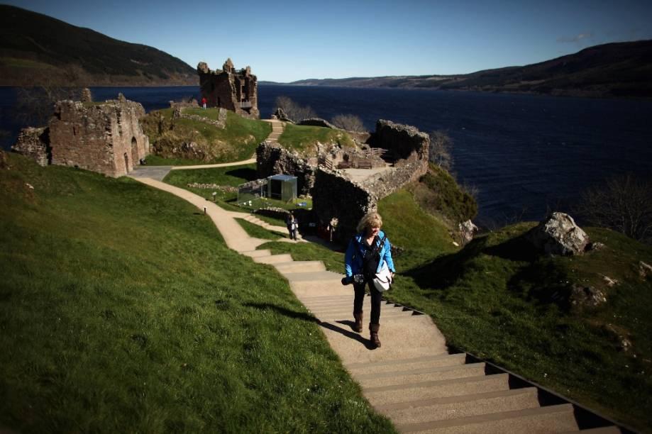 Castelo Drumnadrochit Urquhart, às margens do lendário Lago Ness, aquele mesmo, o do monstro
