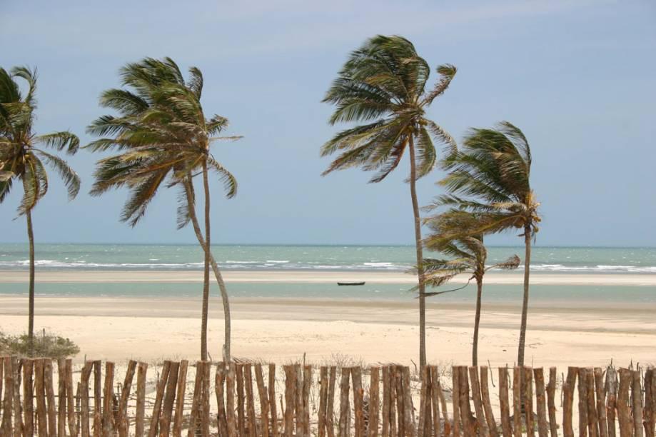 Vista da praia de Tatajuba, destino mais procurado pelos passeios de bugue