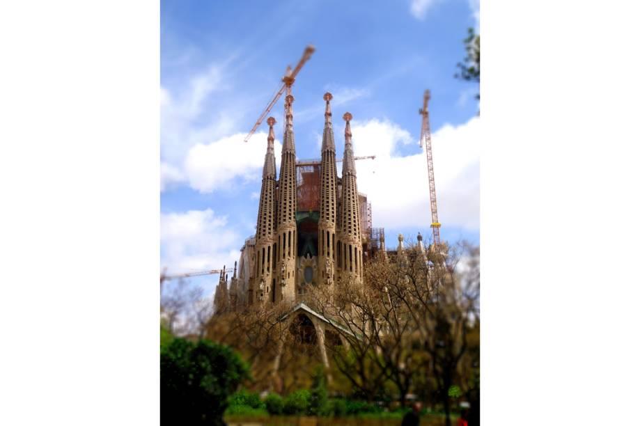 """<a href=""""http://viajeaqui.abril.com.br/estabelecimentos/espanha-barcelona-atracao-la-sagrada-familia"""" rel=""""La Sagrada Família"""" target=""""_blank"""">La Sagrada Família</a>, <a href=""""http://viajeaqui.abril.com.br/cidades/espanha-barcelona"""" rel=""""Barcelona"""" target=""""_blank"""">Barcelona</a>, <a href=""""http://viajeaqui.abril.com.br/paises/espanha"""" rel=""""Espanha"""" target=""""_blank"""">Espanha</a>"""