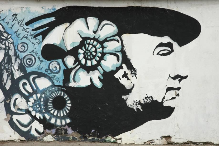 La Chascona foi uma das casas usadas por Pablo Neruda e é um passeio muito popular na capital chilena