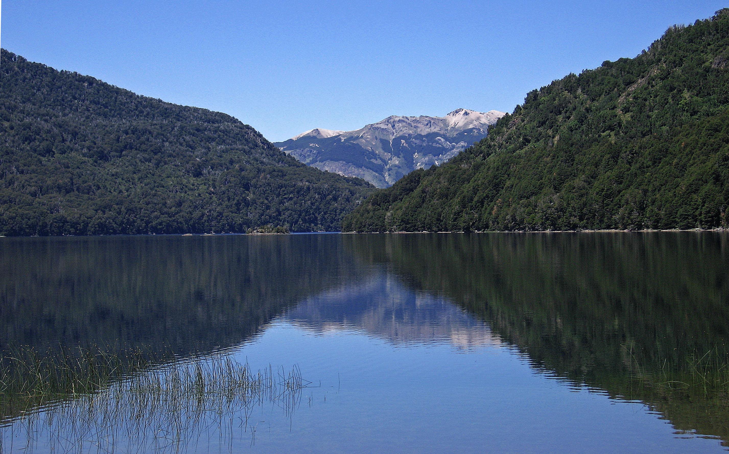 Lago Falkner - Ruta de los Siete Lagos - Argentina - Flickr - michaelGro