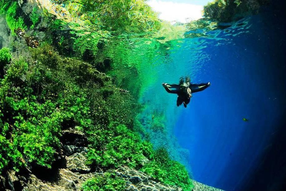 Lagoa Misteriosa, em Bonito (MS), cidade eleita pela 12º vez consecutiva como o <strong>Melhor Destino de Ecoturismo do Brasil</strong> no<strong> Prêmio VT 2012/2013</strong>