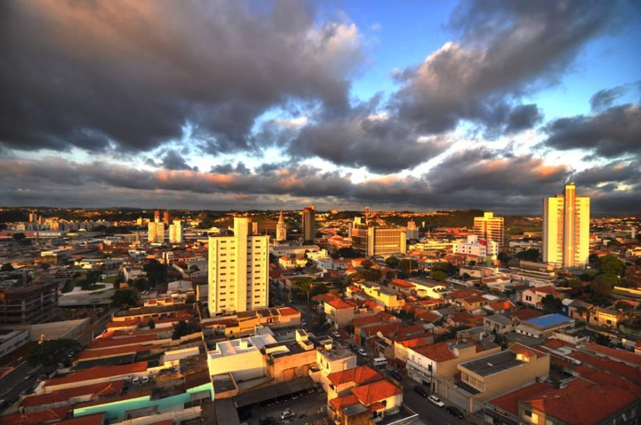 <strong>Jundiaí (1 dia)</strong> A 63 km da capital paulista, marca o início da Rodovia das Águas, que segue no sentido de Itatiba– no caminho fica a Fazenda Nossa Senhora da Conceição, de 1810.