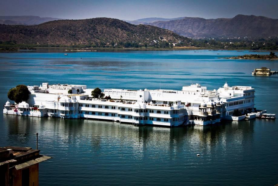 O hotel Lake Palace, em Udaipur, que também é uma ilha
