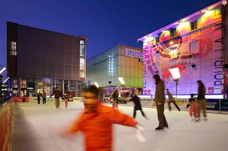 Pista de patinação no centro de Lausanne