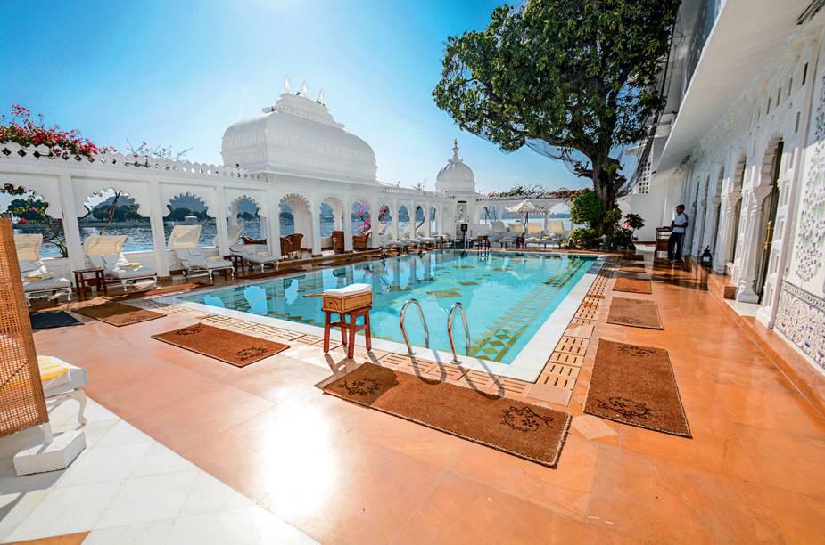 A majestosa piscina do Lake Palace