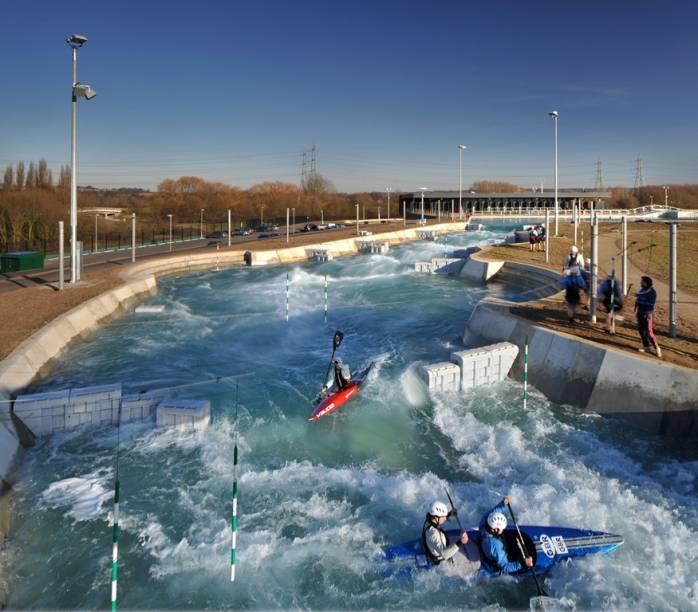 Lee Valley White Water Center, em Hertfordshire, onde ocorreram as competições de canoagem dos Jogos Olímpicos de Londres 2012