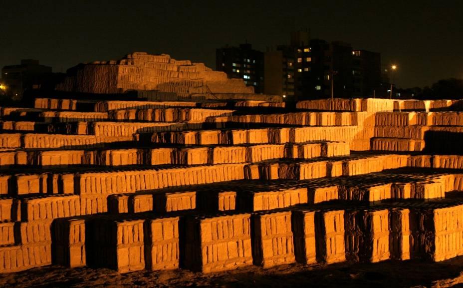 Sítio arqueológico Huaca Pucllana, no bairro de Miraflores, em Lima, capital do Peru