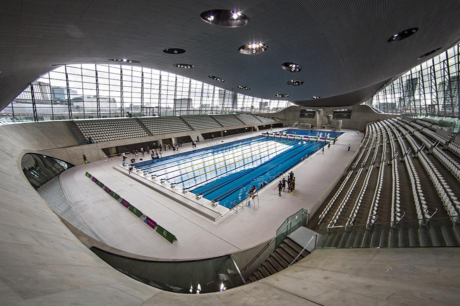 """O <a href=""""http://www.londonaquaticscentre.org/"""" rel=""""London Aquatics Center"""" target=""""_blank"""">London Aquatics Center</a> sediou as competições aquáticas das Olimpíadas de 2012 e está aberto a qualquer um que queira dar umas braçadas"""