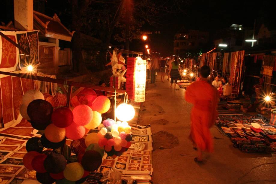 Mercado noturno de Luang Prabang