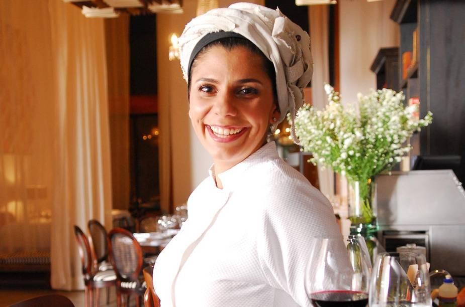 """<strong>3. Ariani Malouf - <a href=""""http://viajeaqui.abril.com.br/estabelecimentos/br-mt-cuiaba-restaurante-mahalo"""" rel=""""Mahalo"""" target=""""_blank"""">Mahalo</a> (Cuiabá, MT)</strong>        Proprietária do restaurante, a cuiabana Ariani Malouf estudou gastronomia na unidade francesa da escola Le Cordon Bleu."""