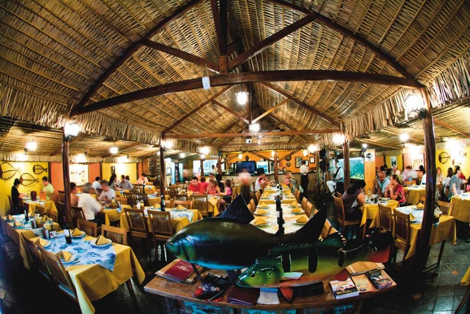 """Restaurante <a href=""""http://viajeaqui.abril.com.br/estabelecimentos/br-am-manaus-restaurante-choupana"""" rel=""""Choupana"""" target=""""_blank"""">Choupana</a>, em Manaus (AM), indicado na categoria regional do <a href=""""http://viajeaqui.abril.com.br/materias/guias-guia-brasil-2012"""" rel=""""GUIA BRASIL 2012"""" target=""""_blank"""">GUIA BRASIL 2012</a>"""