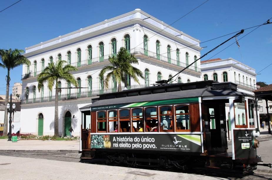 O Museu Pelé fica na região portuária, que passou por algumas restaurações e pretende tornar-se um pólo turístico da cidade