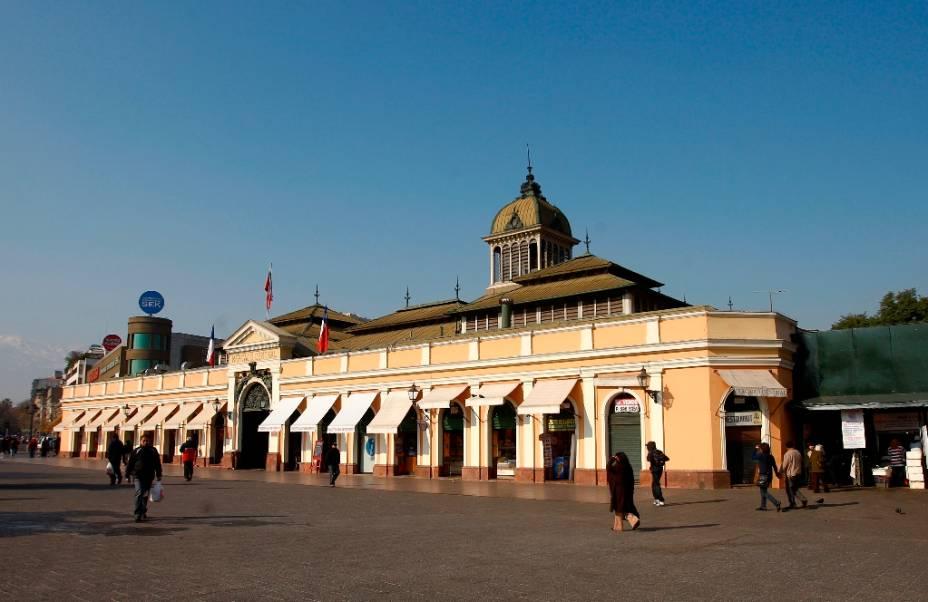 O Mercado Central de Santiagoé o lugar ideal para quem quer provar a gastronomia chilena, famosa pela variedade de peixes e frutos do mar
