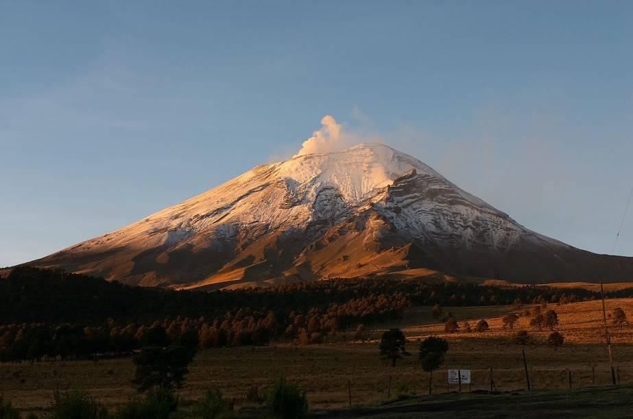 Vulcão Popocatépetl, a 60 quilômetros da Cidade do México