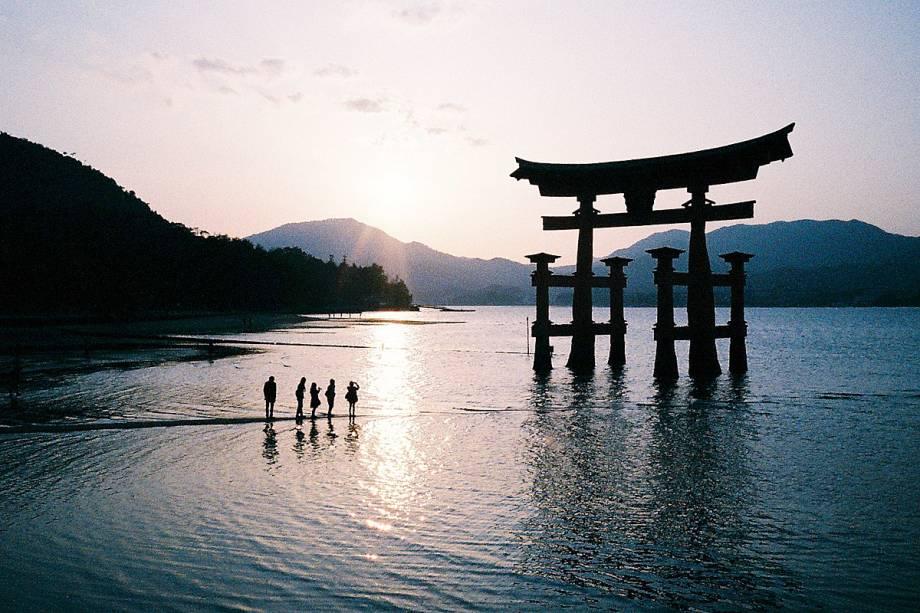Santuário na Ilha de Itsukushima (também conhecida como Miyajima), em Hiroshima.