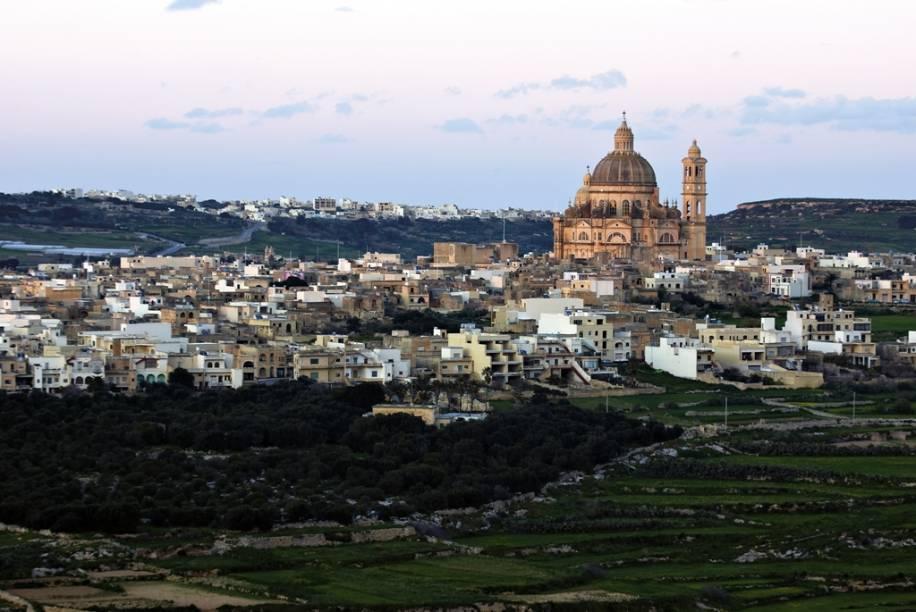 Vista geral de Gozo, ao norte de Malta
