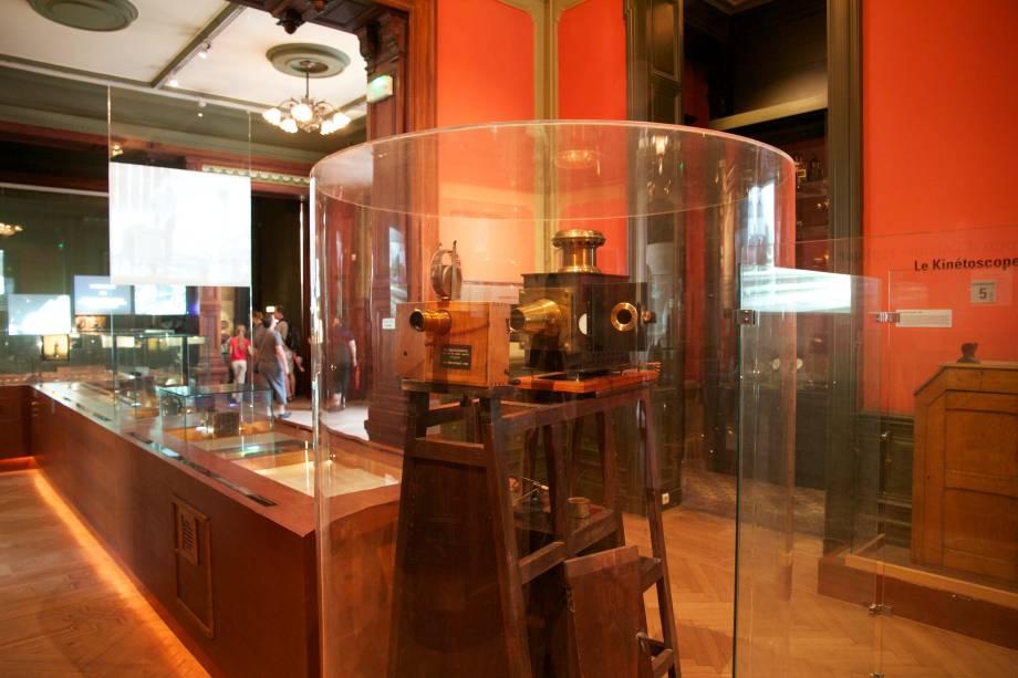 O Musée Lumière faz um tributo à história do cinema e aos irmãos que fizeram a primeira exibição de um filme para o grande público