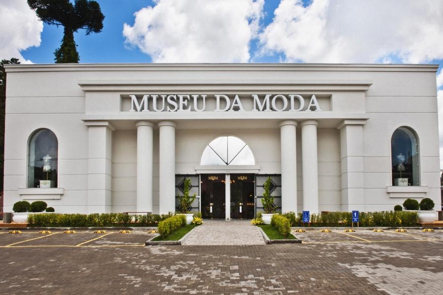 Fachada do Museu da Moda, dedicado à história da vestimenta feminina