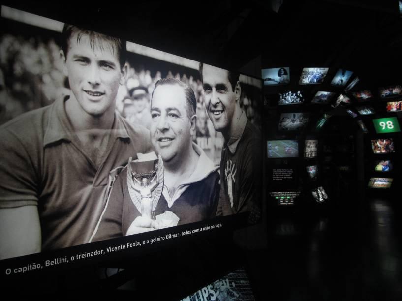 Imagens da Copa do Mundo de 1958, na Suécia, dentro do Museu do Futebol