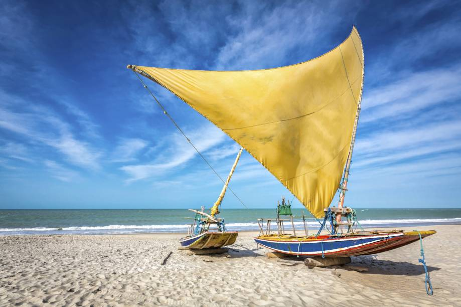 """Mar em diferentes tons de azul, dunas e areia branquinha: <strong><a href=""""http://viajeaqui.abril.com.br/cidades/br-rn-natal"""" rel=""""Natal"""" target=""""_self"""">Natal</a></strong>tem ótimos cenários e uma boa infraestrutura hoteleira e restaurantes para receber os turistas"""