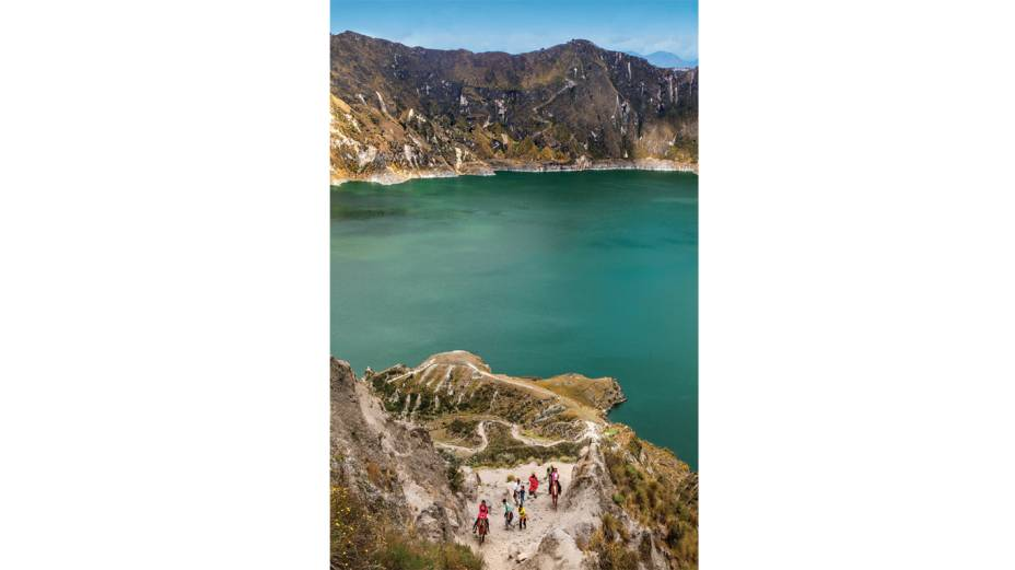 O curto mas muito duro caminho que leva à Laguna Quilotoa