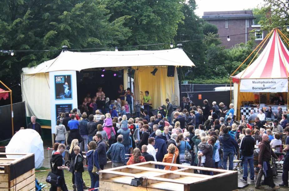 <strong>Noorderzon, Groningen </strong>    Noorderzon é uma manifestação de artes internacional que atrai mais de 125.000 visitantes todos os anos. Em 2014 o festival ocorre do dia 21 a 31 de agosto.
