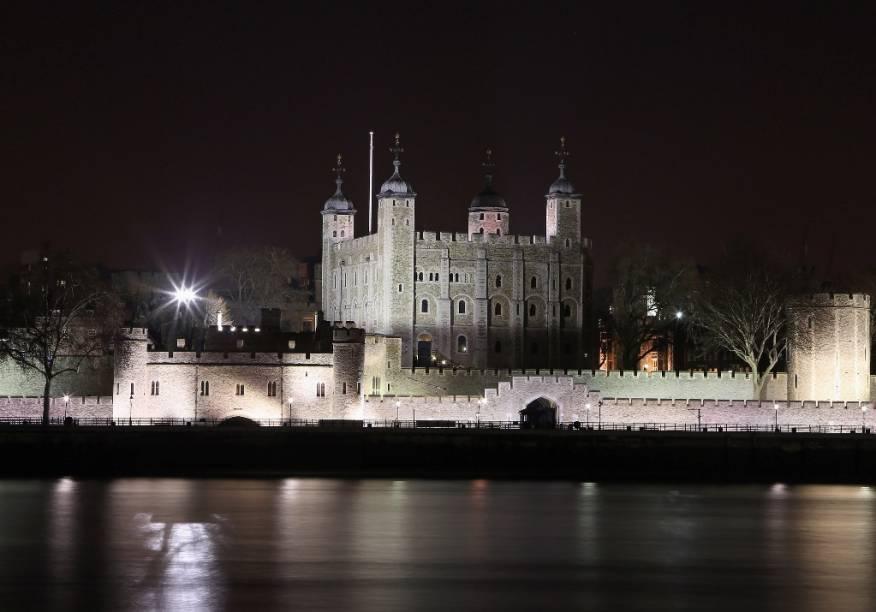 A Torre de Londres é um dos edifícios mais antigos da capital britânica, contendo várias histórias sinistras de fantasmas