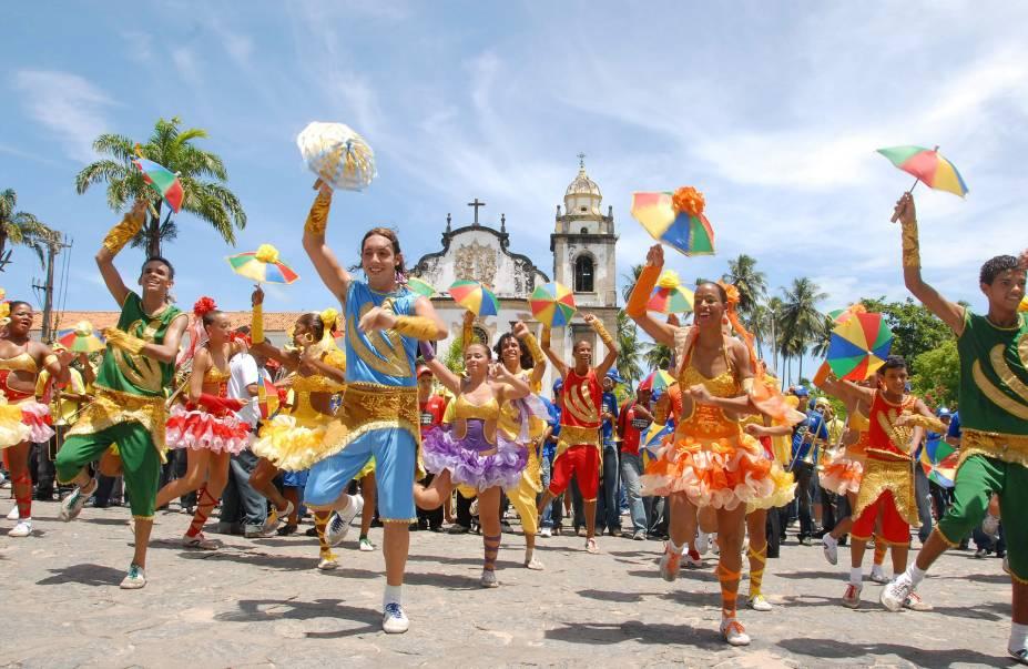 Com apresentações de frevo e maracatu, entre outros ritmos regionais, o Carnaval é o maior evento de Olinda. Mas a cidade reserva ótimas atrações durante o ano todo
