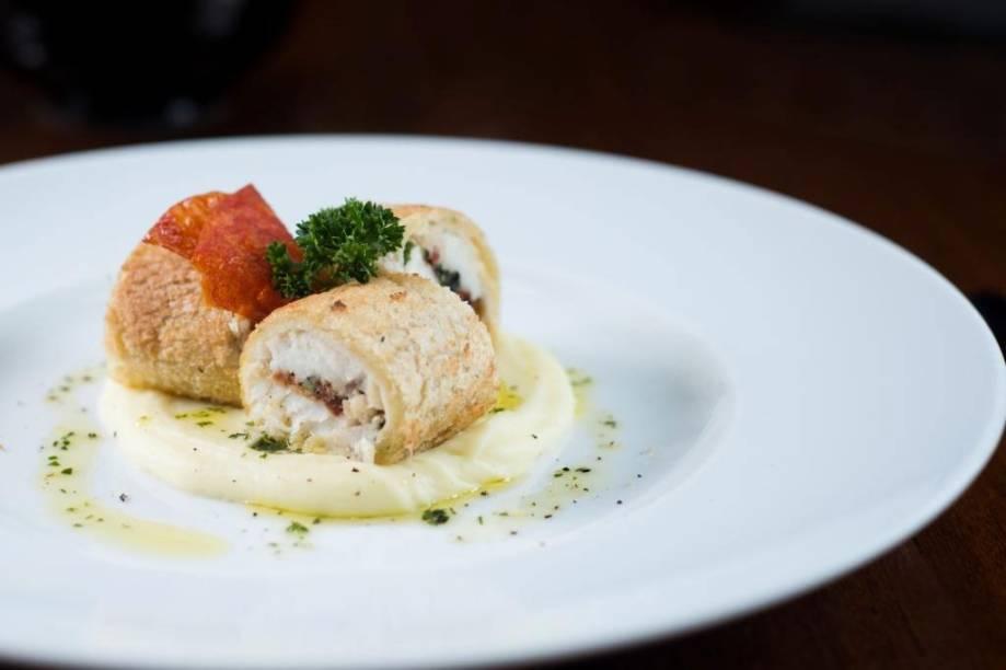 Prato do chef do Fasano de São Paulo, Luca Gozzani: <em>orata in crosta di panne con pomodoro secco e pure di patate</em> (peixe vermelho em crosta de pão de miga com tomate seco e purê de batata)