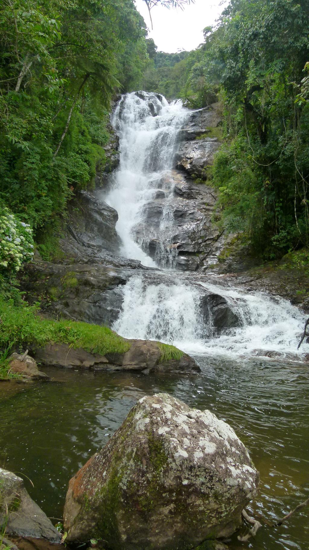 Queda da Cachoeira 5 Estelas