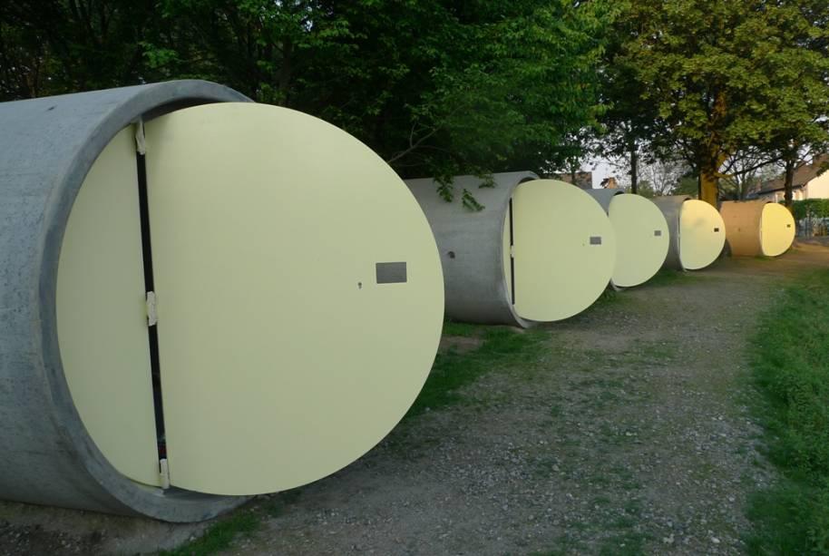 Os quartos do Das Park possuem senha eletrônica para sua segurança. Refeições, água, chuveiros e banheiros