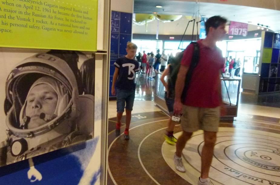 O astronauta russo Yuri Gagarin também é mencionado no Kennedy Space Center