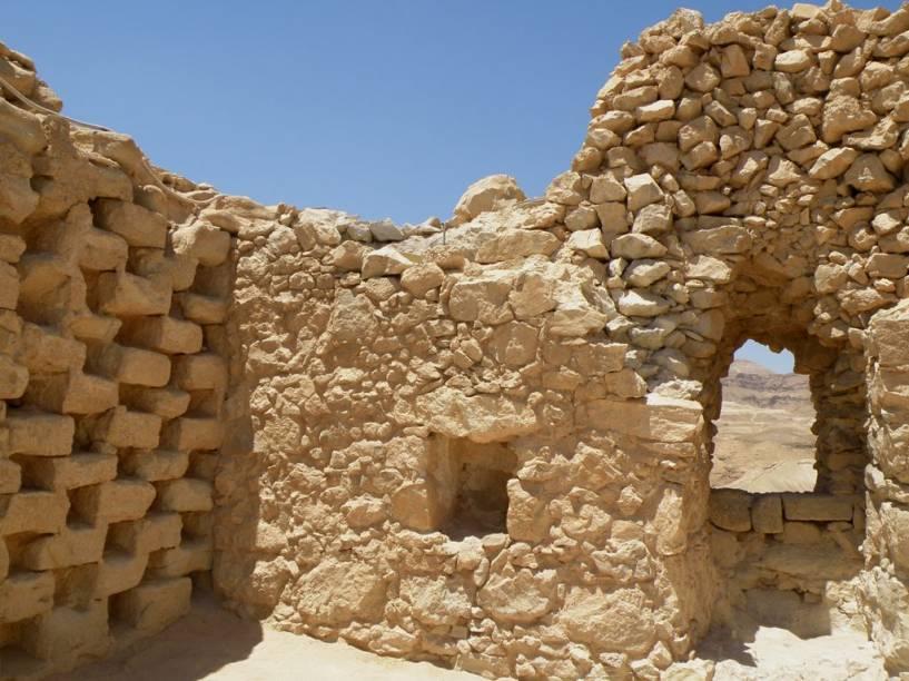 Ruínas no Forte Masada, junto ao Mar Morto