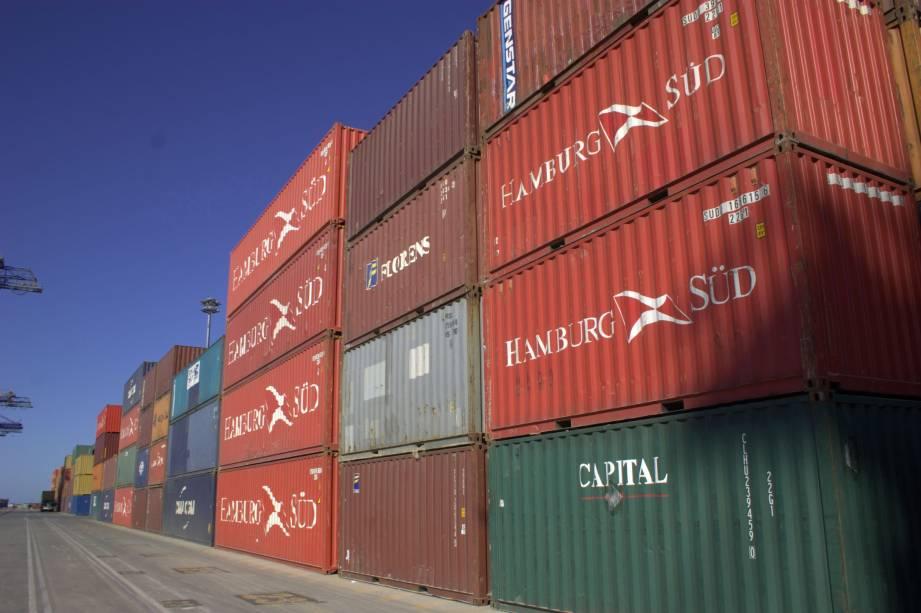 """<strong>6. <a href=""""http://viajeaqui.abril.com.br/cidades/br-pr-paranagua"""" rel=""""Paranaguá"""" target=""""_blank"""">Paranaguá</a> (1 dia)</strong>        É dona do segundo maior porto da América Latina, que pode ser conhecido por dentro. E ponto de partida dos barcos para a encantadora Ilha do Mel."""