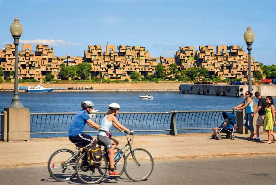 Pedal de verão pelos cenários do Vieux-Port