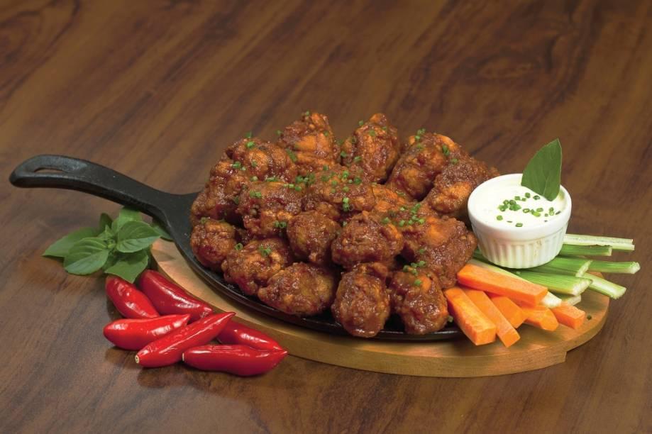 Buffalo wings com cerveja Eisenbahn Rauchbier: prato elaborado pelo restaurante Pepper Jack