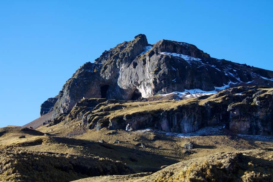 <strong>Vale de Lares – Peru</strong>Llamas e alpacas pastam em campos a mais de 4 mil metros de altitude, vistas durante caminhada pelo Vale de Lares