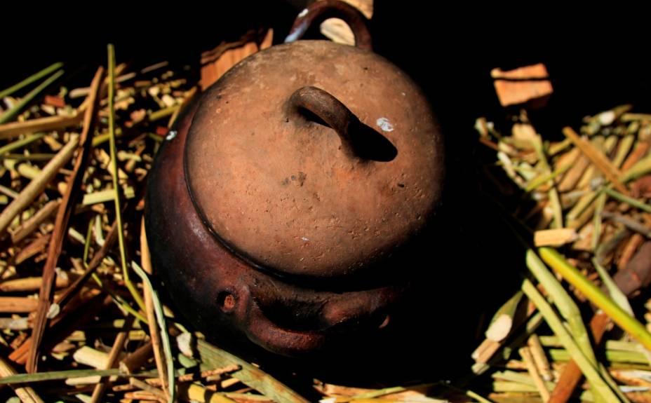 A Pachamanca é o prato mais tradicional dos Andes. Os alimentos são cozidos sobre pedras quentes e colocados dentro da terra, em reverência a Pachamama (Madre Tierra), em panelas de barro. Uma deliciosa e autêntica experiência