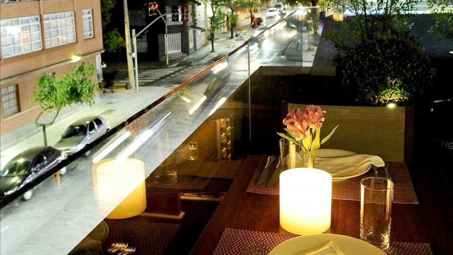 """O <a href=""""http://viajeaqui.abril.com.br/estabelecimentos/br-sp-sao-paulo-restaurante-italy"""" rel=""""restaurante Italy"""" target=""""_blank"""">restaurante Italy</a>, no número 450 da ruaOscar Freire, em <a href=""""http://viajeaqui.abril.com.br/cidades/br-sp-sao-paulo"""" rel=""""São Paulo (SP)"""" target=""""_blank"""">São Paulo (SP)</a>, traz um cardápio de comida italiana"""