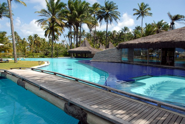 Piscina do Kiaroa Eco-Luxury Resort, em Barra Grande, Maraú, Bahia