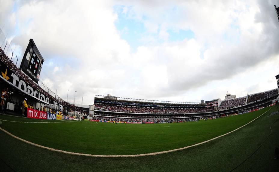 Na reabertura da Vila Belmiro, após a reforma no gramado, o Santos venceu o Corinthians por 1 a 0