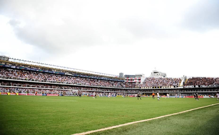 Clássico entre Santos e Corinthians, na Vila Belmiro