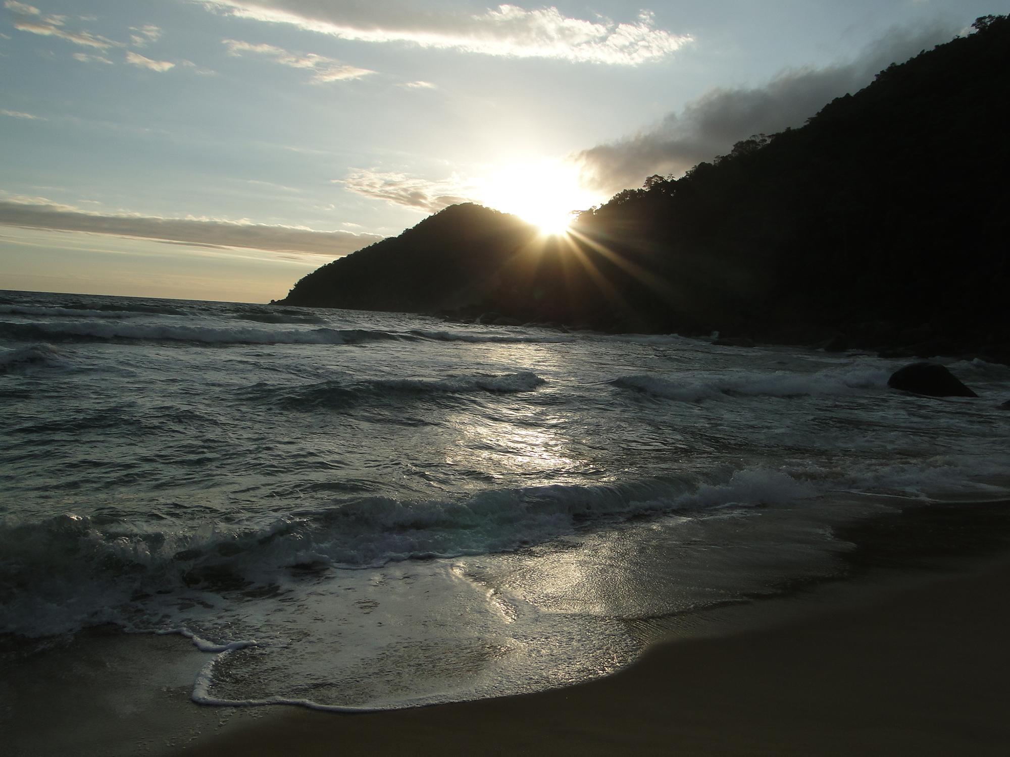Entardecer na Praia do Sono, Paraty (RJ)