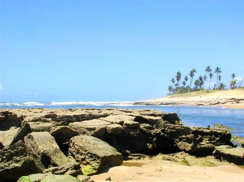 """<strong><a href=""""http://viajeaqui.abril.com.br/cidades/br-ba-costa-do-sauipe"""" rel=""""Costa do Sauípe (BA)"""" target=""""_blank"""">Costa do Sauípe (BA)</a> — QUATRO NOITES NO COMPLEXO</strong>                        São quatro noites no <a href=""""http://www.costadosauipe.com.br/ondeficar/sauipe-pousadas"""" rel=""""Sauípe Pousadas"""" target=""""_blank"""">Sauípe Pousadas</a>, dentro do complexo Costa do Sauípe.                        <strong>Quando:</strong> em 26/1                        <strong>Quem leva:</strong> <a href=""""http://www.decolar.com/"""" rel=""""Decolar"""" target=""""_blank"""">Decolar</a>                        <strong>Quanto:</strong> R$ 2018"""