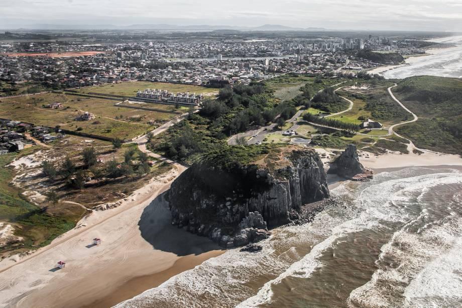 APraia da Guarita é considerada uma das mais belas do litoral gaúcho